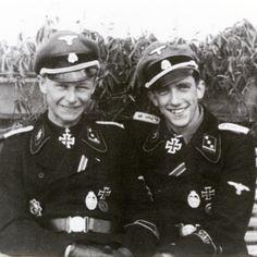 Ritterkreuzträger SS-Ostuf. Willi Hein (right) and his friend Ritterkreuzträger SS-Ostuf. Kurt Schumacher (left) in summer 1944