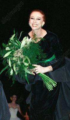 Russian ballerina Maya Plisetskaya at the retrospective show of Pierre Cardin's fashion collection.