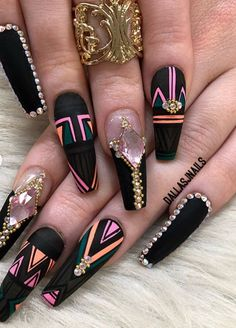 Nails beauty // nails 7 in 2019 ongles vernis, ongles, ongles tendance. Creative Nail Designs, Cute Nail Designs, Creative Nails, Fancy Nails, Bling Nails, Cute Acrylic Nails, Acrylic Nail Designs, Fabulous Nails, Gorgeous Nails