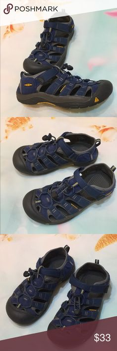 Keen Waterproof Blue Hiking Sandals Size 6 Boys Keen Waterproof Blue Hiking Sandals Size 6 Fit Women's Size 7.5  Good condition   Check out my other Items   Thank you for looking Keen Shoes Sandals & Flip Flops