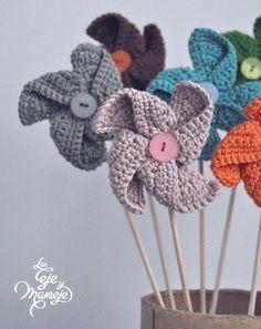 Moulin - Fleurs et Applications au Crochet