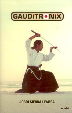 Gauditronix. Jordi Sierra i Fabra. Londres, any 2015. En Hiro, un jove japonès de 17 anys, comença a tenir malsons on s'enfronta a perills terribles enmig d'arquitectures de Gaudí. El fet resulta sorprenent en algú com ell, un ésser sa i perfecte genèticament gràcies a la pràctica de l'aikido. Els seus pares decideixen consultar un especialista mèdic. I a partir d'aquí, en Hiro continuarà seguint les pistes d'un maquiavèl·lic pla que el portarà a Barcelona, i a Tòquio, on va començar tot...