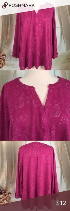 Kim Rogers Dark Pink Knit Top Very nice dark pink knit top has a nice lacy pattern. 91% rayon 9% polyester. Great condition. Size 2X.  Bust measured armpit to armpit flat 29 inches and length is 25 inches.  TP102 LOC-2 Kim Rogers Tops