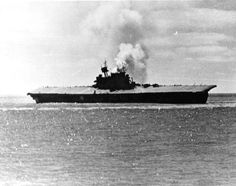 The U_S_ aircraft carrier USS Yorktown damaged the Battle of Midway, 4 June 1942 Naval History, Military History, American Aircraft Carriers, Uss Yorktown, Navy Aircraft Carrier, Us Navy Ships, Abandoned Ships, Uss Enterprise, United States Navy