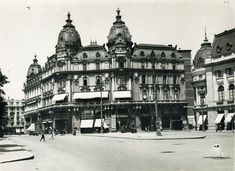 Nicolae Ionescu (1903 - 1975) Fotograf al Bucurestilor – altmarius Bucharest, Louvre, Victoria, 1975, Buildings, Travel, Memories, Park, Voyage