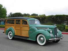 1940 Packard Woodie Station Wagon 2