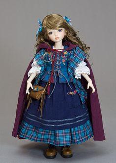 linda boneca e sua roupinha