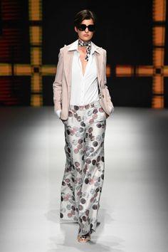 Daks  #VogueRussia #menswear #springsummer2019 #Daks #VogueCollections