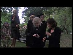 """Steel Magnolias - MaLynne's Outburst in the graveyard """"I Wanna Know Why"""" (Sally Field, Dolly Parton, Olympia Dukakis, Shirley MacLaine, and Daryl Hannah) Best Movies List, Great Movies, Love Movie, I Movie, Buddy Movie, Dolly Parton Movies, Steel Magnolias 1989, Magnolia Movie, Olympia Dukakis"""