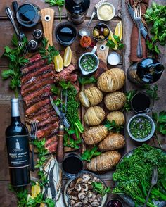 Steak, hasselback spuds, chimichurri, and a full-bodied Cabernet. So much love for Holiday feasting with friends. The best! @robertmondavips #ad Chimichurri, Cooking Recipes, Healthy Recipes, Food Platters, Food Presentation, Appetizer Recipes, Appetizers, Dessert Recipes, Food Inspiration