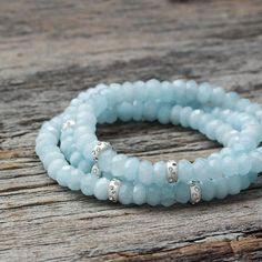 Bracelet perle aigue-marine Sterling / Sky bleu perles facettées pierre naturelle / March Birthstone bébé lumière bleue / printemps & été Fashion