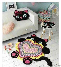 Crochet Animal Rugs Book and Crochet Hooks - Yarn Crafts - Crafts Crochet Animals, Crochet Toys, Diy Crafts For Kids, Projects For Kids, Halloween Crochet Patterns, Crochet Carpet, Animal Rug, Nursery Rugs, Crochet For Kids