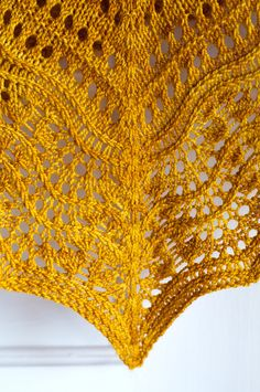 Ravelry: Florin Triangle pattern by Leila Raabe