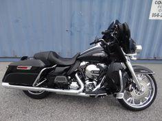 2014 ELECTRA GLIDE® ULTRA CLASSIC® - Harley Davidson of Greenville