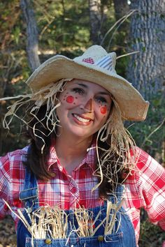 homespun scarecrow costume My plan on Halloween this year.
