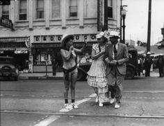 1930's Redondo Beach Crowd