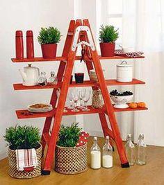 manualidades en madera. Escalera con baldas