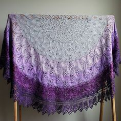 Ravelry: Zucchero pattern by Heather Zoppetti - The pattern will go live on Monday, June 22nd. Until then, it is available as a Pre-Order for $4. After, it will go back to $6.