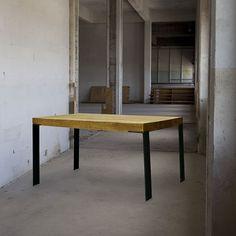 Eigenwijze tafel. Koffietafel Eettafel Dining Bench, Furniture, Design, Home Decor, Decoration Home, Table Bench, Room Decor, Home Furnishings