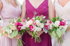 pink and raspberry bridesmaids bouquets  Photo: Tina Elizabeth Photography