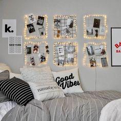 Dorm Room Walls, Cool Dorm Rooms, Bed Room, Modern Bedroom Decor, Room Ideas Bedroom, Cozy Bedroom, Modern Teen Room, Cute Teen Rooms, Contemporary Bedroom