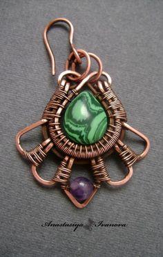 tear drop stone with wire work