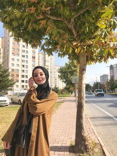Modern Hijab Fashion, Muslim Fashion, Modest Fashion, Fashion Outfits, Casual Hijab Outfit, Hijab Chic, Hijabi Girl, Muslim Girls, Jelsa