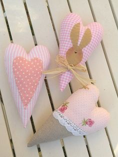 Fabric hearts.  Would look great in a bowl or basket for Val Day.