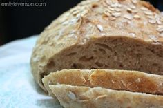 Can we take a minute to talk about my absolute obsession with no-knead bread? I'm pretty sure I've made 30 loaves since that original post. Mostly because The Hubster says it's th…