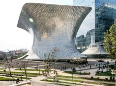 Museo Soumaya, designed by Mexican architect Fernando Romero and funded by Mexican billionaire Carlos Slim (Soumaya was the name of his late wife), is an eruptive, undulating pair of buildings in the posh Polanco neighborhood. The silver structure pictured here is known as the Plaza Corso. It houses the modern section of the Museo Soumaya's extensive art collection.