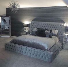 71 Cute Girls Bedroom Ideas for Small Rooms < Home Design Ideas Gray Bedroom, Small Room Bedroom, Master Bedroom Design, Small Rooms, Modern Bedroom, Bedroom Ideas, Contemporary Bedroom, Bedroom Designs, Bed Room