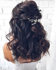 41 Relaxing Bridal Wedding Hairstyles Ideas That Looks Cool Half Up Wedding Hair, Romantic Wedding Hair, Wedding Hairstyles For Long Hair, Wedding Hair And Makeup, Bride Hairstyles, Down Hairstyles, Hairstyle Ideas, Short Hairstyle, Hair Ideas