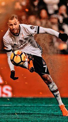 #trivela #q7 #quaresma #RicardoQuaresma Soccer Guys, Football Players, Fifa, Cristiano Ronaldo Hd Wallpapers, Manchester United Wallpaper, Liverpool Champions, Mario Gomez, Cr7 Ronaldo, Black Eagle