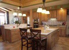 Photo 15 - Brighter Kitchen Colors with Oak Cabinets
