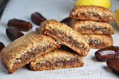 Almond Newtons with Date Filling (Gluten-Free) Desserts Sains, Köstliche Desserts, Dessert Recipes, Healthy Sweets, Healthy Snacks, Sans Gluten, Fără Gluten, Vegan Cake, Mets