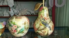 Frutas en cerámica grandes Decoupage, Christmas Bulbs, Diy Crafts, Holiday Decor, Vintage, Country, Home Decor, Pottery Ideas, Plastering