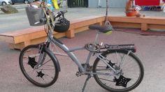 """mon vélo décoré par des étoiles en crochet faite par une """"fille à frange""""..."""