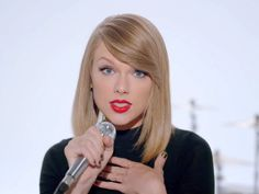 Image from http://static4.businessinsider.com/image/545aa27069bedd8c1afdc559-1200-924/taylor-swift-29.png.