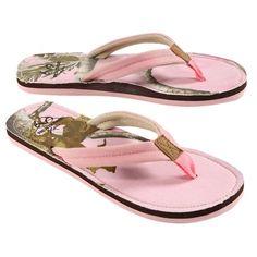Realtree Pink Camo Women's Flip Flop $14.99  #realtreecamo #camoshoes