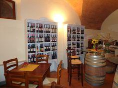 Diese Location in Terricciola hat alle Weine der Region