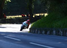Lee Johnston storms to Dunlop Lightweight Classic TT Race victory