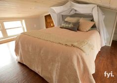 rustic-cabin-tiny-home-07