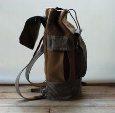 Camper satchel by Sketchbook Crafts.