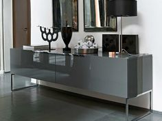 Discover all the information about the product Contemporary sideboard / lacquered wood / modular ATHOS by Paolo Piva - B&B Italia and find where you can buy it. Sideboard Dekor, Black Sideboard, Mirrored Sideboard, Sideboard Buffet, Design Furniture, Cabinet Furniture, New Furniture, White Interior Design, Contemporary Interior