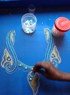 design Zardosi Embroidery, Embroidery Works, Beaded Embroidery, Embroidery Patterns, Sewing Patterns, Col Crochet, Couture Embellishment, Tambour Beading, Indian Fabric