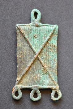 Amlash bronze pendant 6, 1st millenium B.C. Private collection