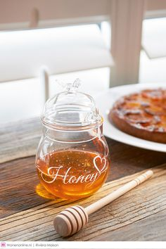 I Love Honey Jar - Storage jars - Eating utensils - Crockery and Cutlery - Accessories - Collection Rivera Maison, Pots, Cosy Kitchen, Glass Canisters, Party Plates, Milk And Honey, My Glass, Jar Storage, Kitchen Essentials