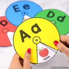 These interactive printable alphabet spinners are perfect for your preschool or kindergarten classroom or to use at home. Kids love spinning these to uncover the pictures which makes them perfect for learning the alphabet or beginning sounds. Preschool Learning Activities, Alphabet Activities, Toddler Learning, Toddler Activities, Preschool Activities, Teaching Kids, Alphabet Worksheets, Preschool Alphabet, Preschool Pictures