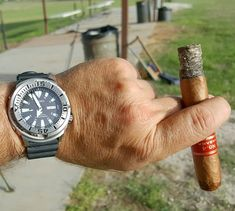 """Watch of the Day Fun with water effects At the pool with a Seiko """"Monster Tuna"""" from April 2017 # Water Effect, Mechanical Watch, Automatic Watch, Wristwatches, Vintage Watches, Seiko, Tuna, Watches For Men"""