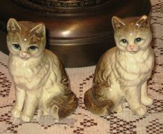 Vintage pair of Porcelain Blue Eyed Cats Kittens by JewelsThings, $8.00